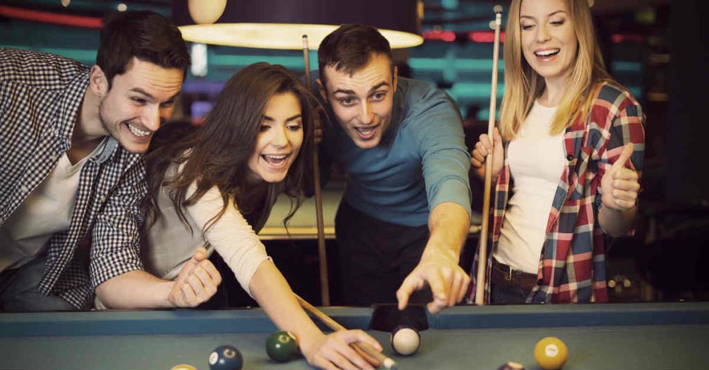 flirting playing pool
